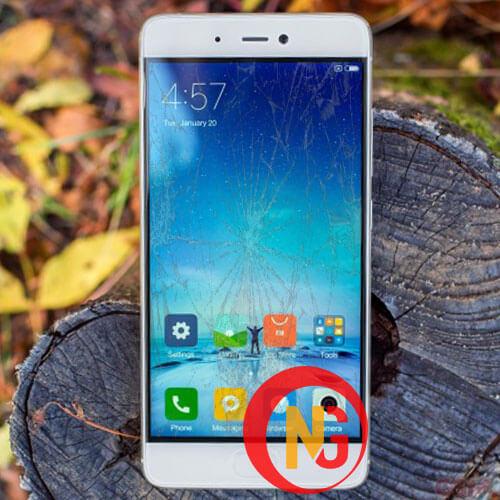 Mặt kính Xiaomi Mi 5s bị trầy xước