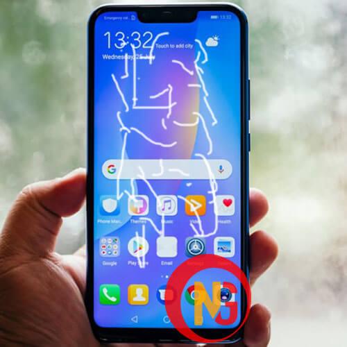Huawei nova 3i hở keo ố màu mặt kính