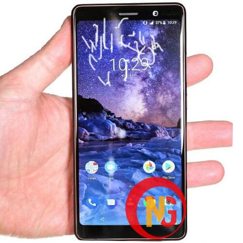 Mặt kính Nokia 7 bị nổi bọt keo, ố màu