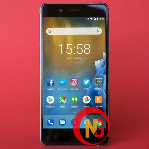 Nokia 8 mới thay mặt kính xong