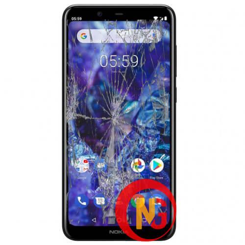 Màn hình Nokia 5 bị vỡ nát