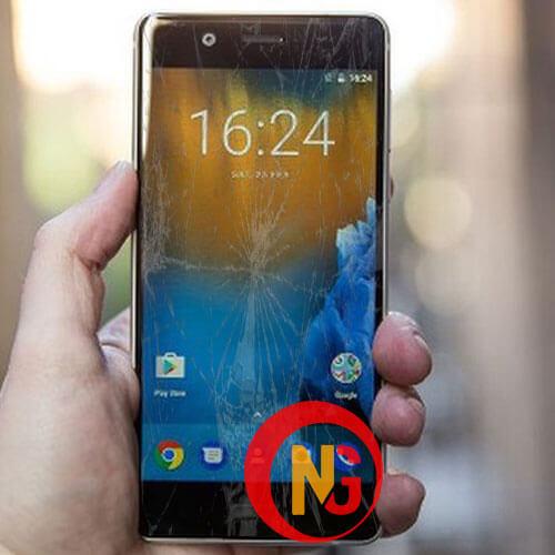 Mặt kính Nokia 5 bị trầy xước