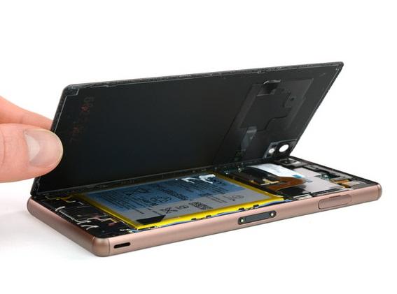 Thay pin Sony chính hãng tại Nguyễn Gia mobile