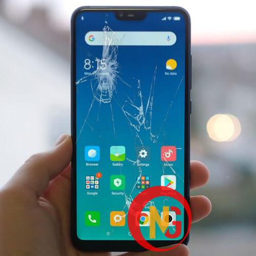 Xiaomi Mi 8 Lite bị bể mặt kính