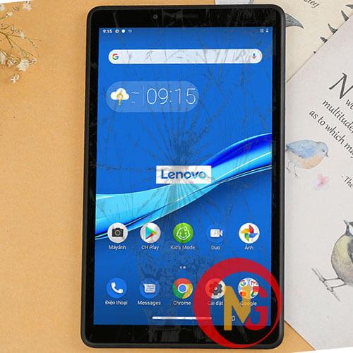 Mặt kính Lenovo Tab M8 8505x bị trầy xước, mờ